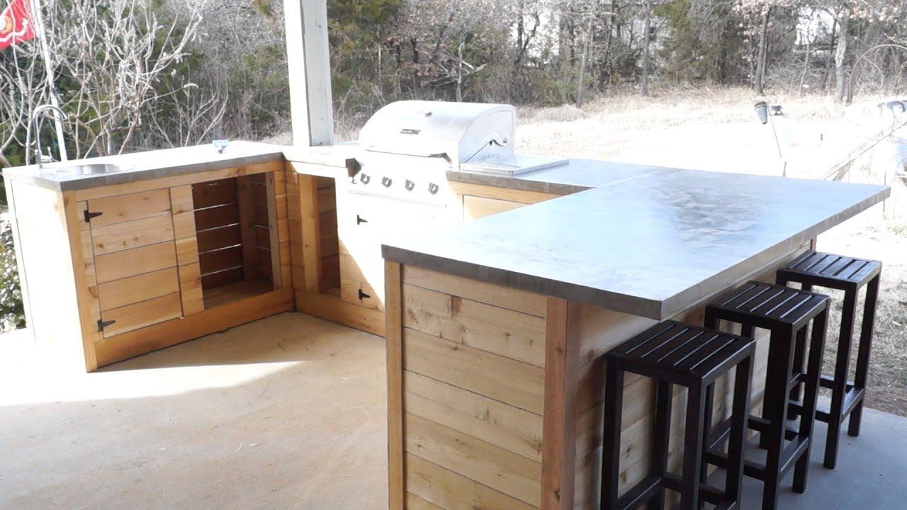 How To Set Up A Backyard Bar